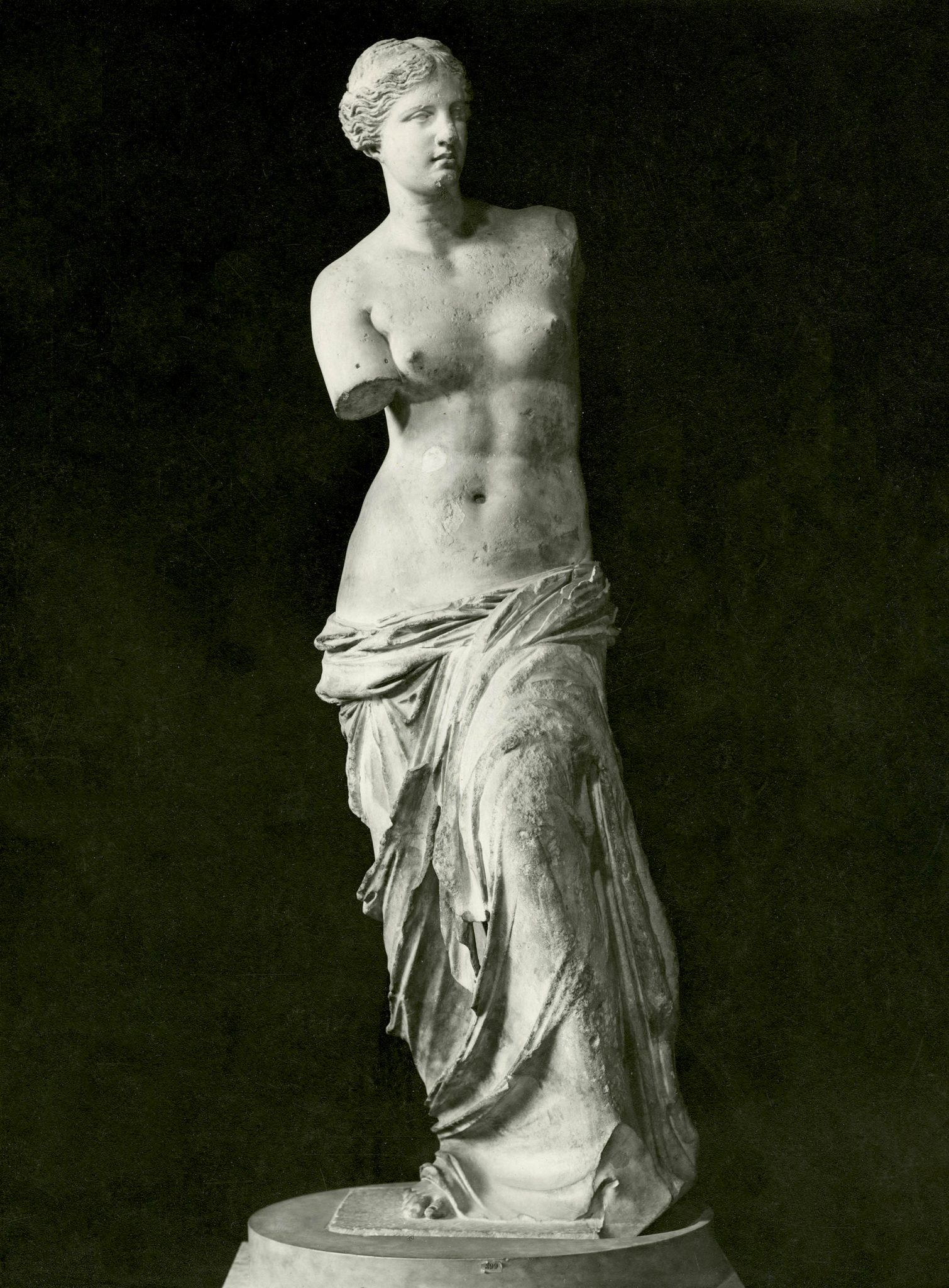 <p><i>The Venus de Milo.</i></p><p>130-110 BCE, attributed to Alexandros of Antioch.</p><p>Marble. Musée du Louvre, Paris.</p>