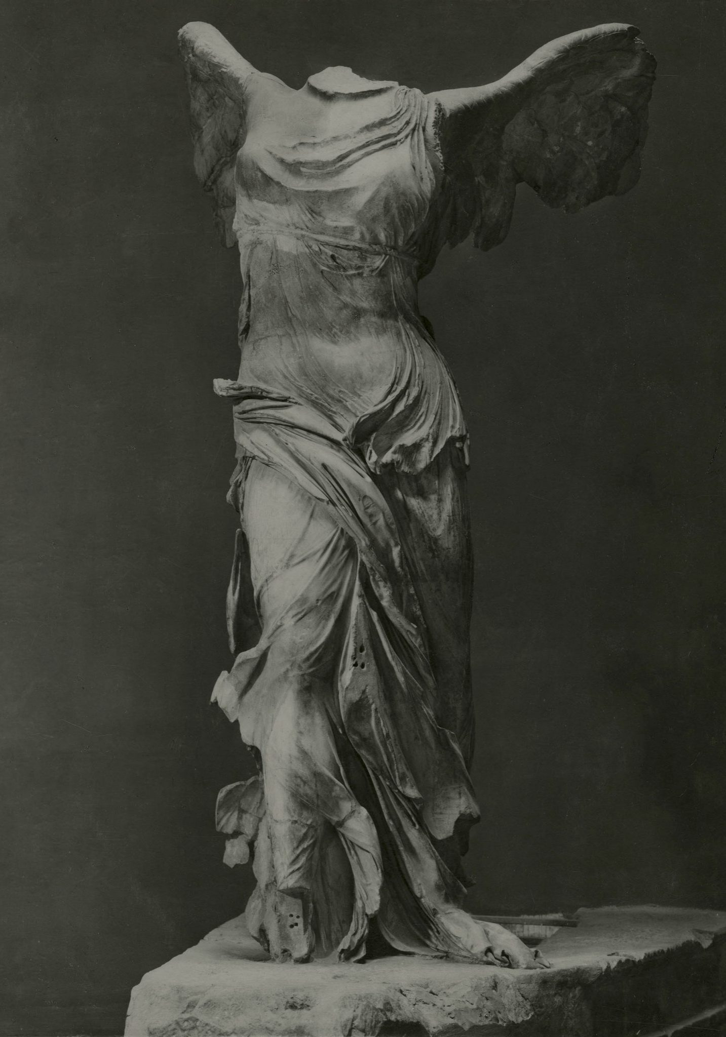 <p><i>The Nike of Samothrace.</i></p><p>c. 220 BCE. Marble.</p><p>Musée du Louvre, Paris.</p>