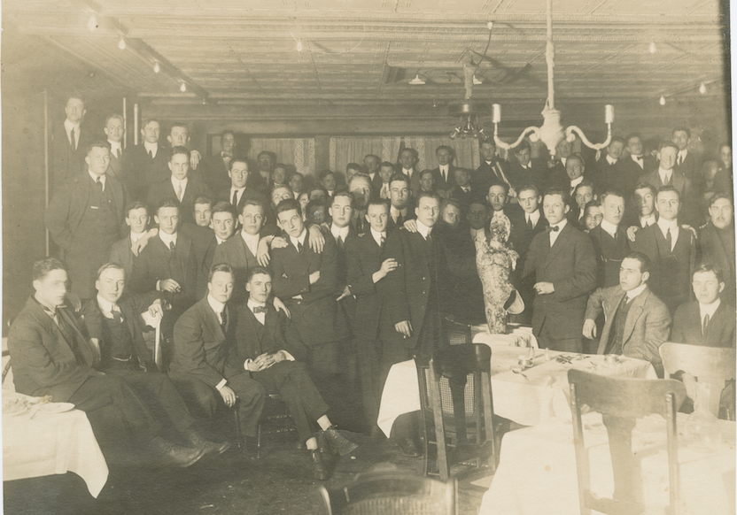 <p>Class of 1914 Mercury Banquet photograph, 1912.</p><p>Mercury Collection. Special Collections and University Archives, Colgate University Libraries.</p>